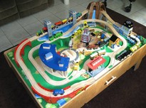 Wooden train sets with table20180124 15842 1fm75g